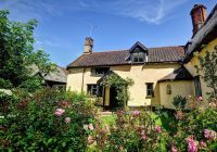 One of our cottages, Woodfarm House, sleeps 7 people and 3 dogs